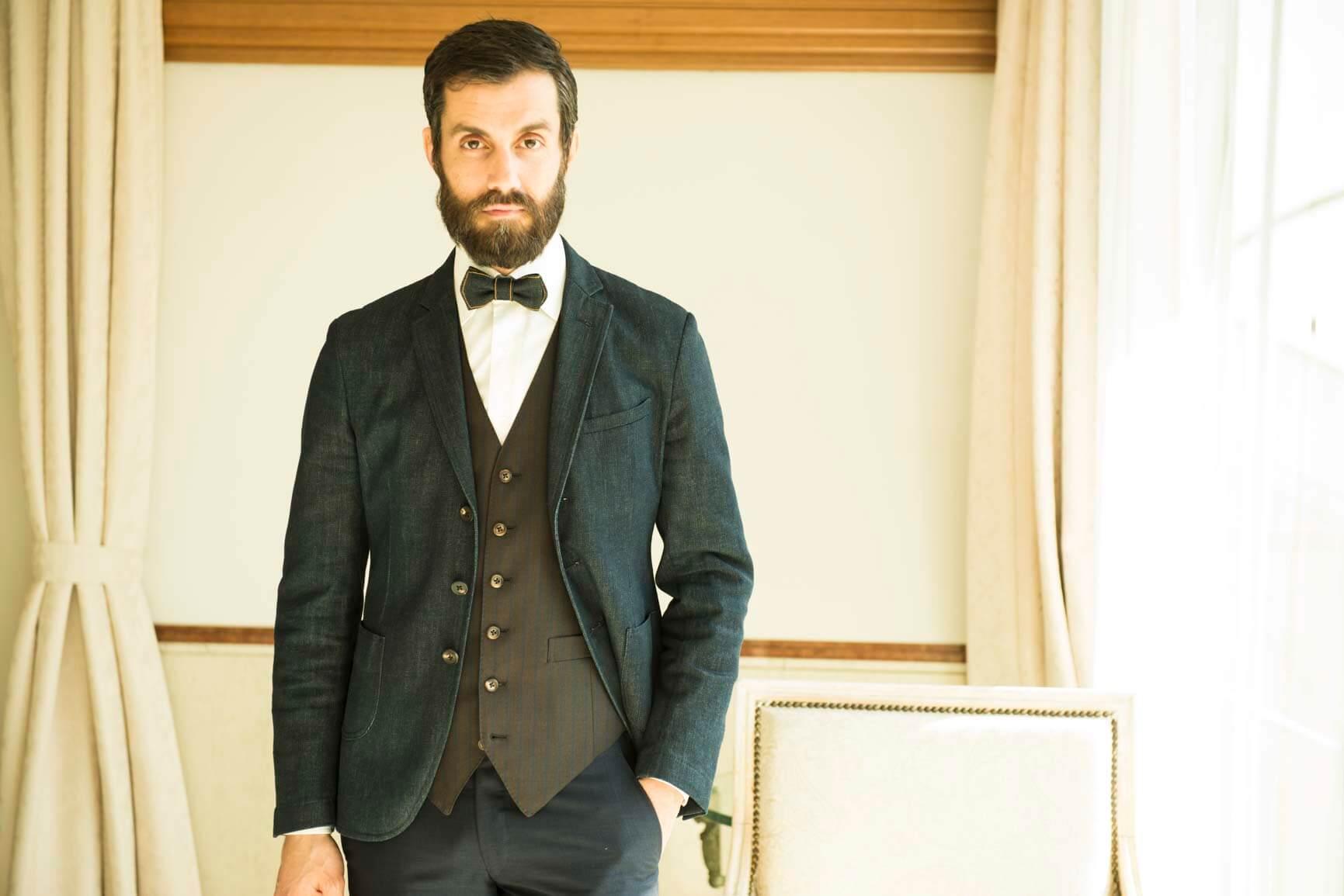 ハワイ挙式 :新郎様が着たいと思うタキシード&スーツを選ぶ